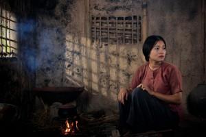minh-huong-lam-hon-nhan-cua-yen-thuy-hang-chao-dao-1448068605