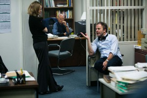 """01spotlight - """"Spotlight"""" director Tom McCarthy, right, works with the cast on set. (Kerry Hayes)"""